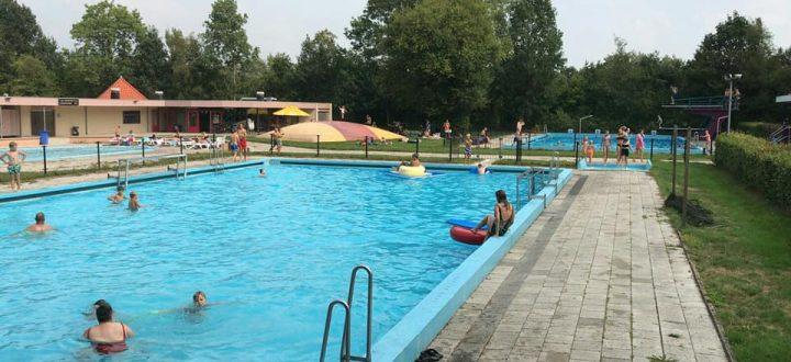 Zwembad het Paradyske